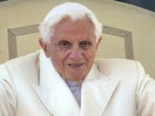 'No abandono la cruz': Benedicto XVI en su última audiencia como Papa