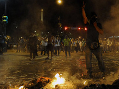 Gobierno Maduro militariza el Táchira alegando presencia 'paramilitar'