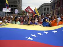 Maduro y Capriles se encuentran en medio de crisis en Venezuela