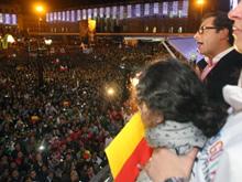 'Aqu� empieza una movilizaci�n popular': Petro, en la Plaza de Bol�var