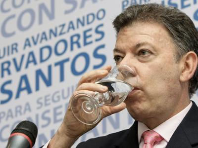 Encrucijada 'azul' por reelección de Santos