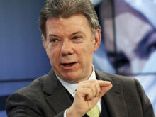 Santos recibe aval de 'la U' y presenta bases de la reelección
