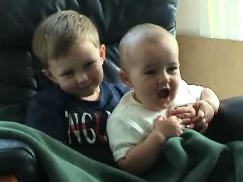 Los beb�s m�s populares de YouTube