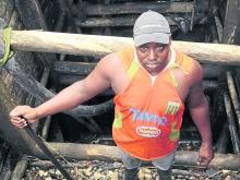 Mineros tradicionales temen desaparecer