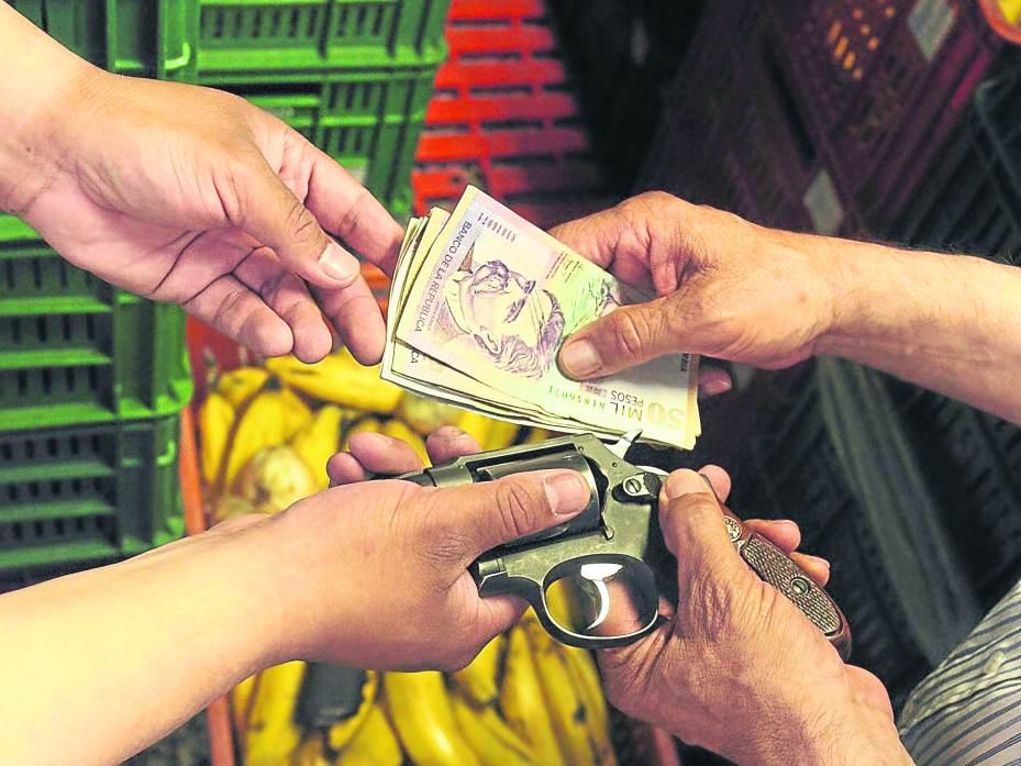 Mafia y Extorsión en Plazas de Mercado en Colombia - Eltiempo.com