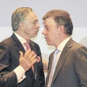 Santos reafirma que el Gobierno ha mantenido diálogos 'exploratorios' con guerrilla de las Farc / Video
