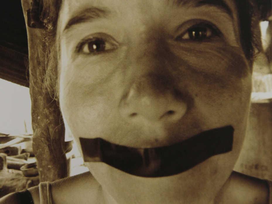 Profesi�n: mujer. Ni un abuso m�s