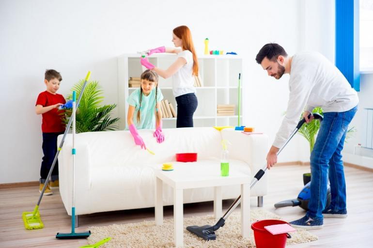 familia labores domésticas