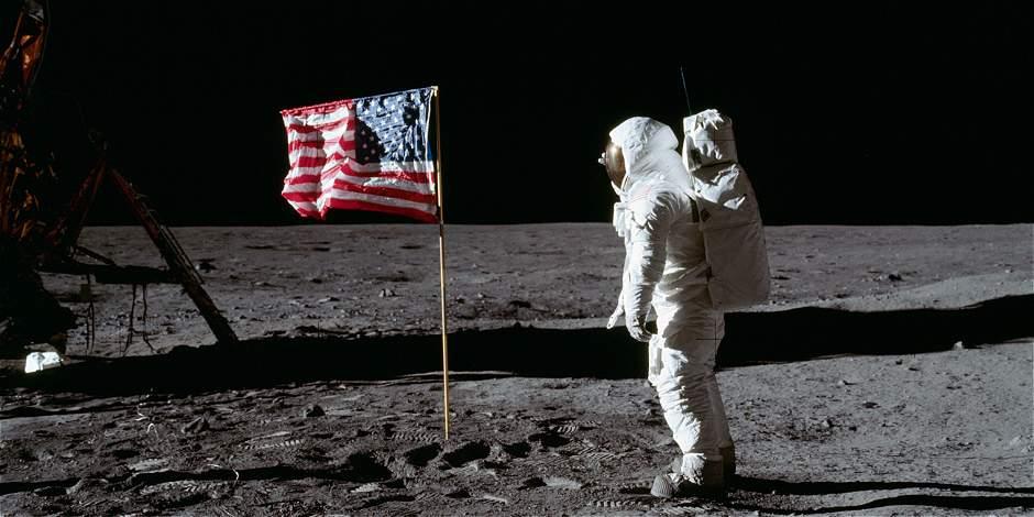Buzz Aldrin quiere llevarnos a todos al espacio