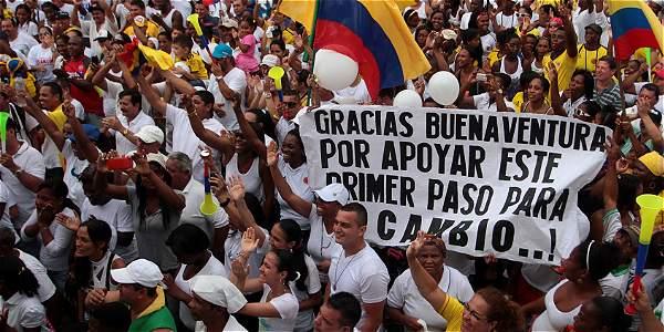 Protesta en Buenaventura por falta de agua potable - Archivo Digital de  Noticias de Colombia y el Mundo desde 1.990 - eltiempo.com