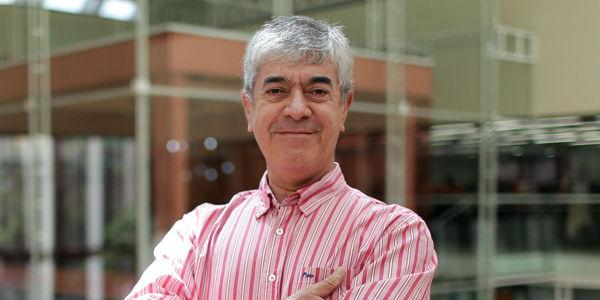 Jairo Osorio presenta su novela Familia - Archivo Digital de Noticias de  Colombia y el Mundo desde 1.990 - eltiempo.com