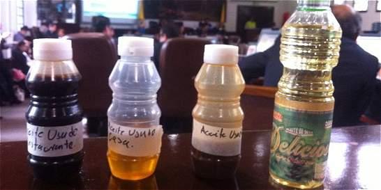 Hasta con cloro revuelven aceites para venta ilegal; prenden alarmas