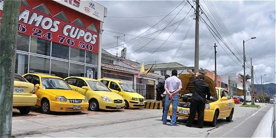 Piden eliminar el pico y placa para taxis
