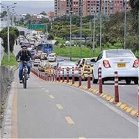Así es el bicicarril de la carrera 50 / Fotos