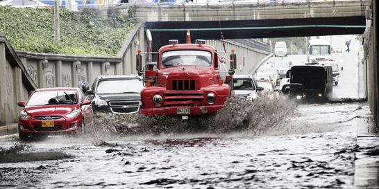 Sistema de evacuación de aguas lluvias de la ciudad no da abasto