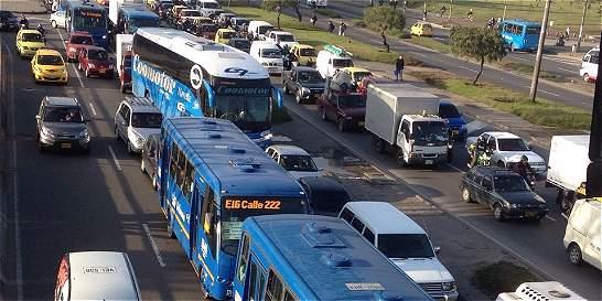 Preparan pliego de cargos a exfuncionarios de TransMilenio y Movilidad