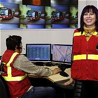 La mujer que coordina cada minuto la operación de todo TransMilenio