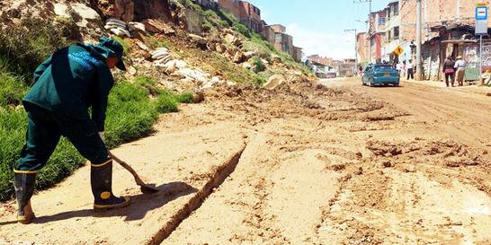 En Bogotá, los deslizamientos cortaron el servicio de agua