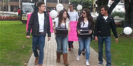 Campaña para ayudar a víctimas del colegio Santa Bárbara