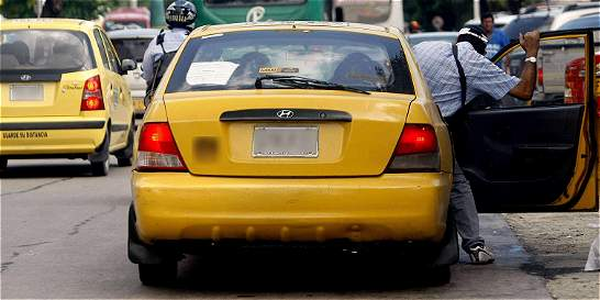 Hermanos habrían asesinado a taxista para cobrar seguro de vida