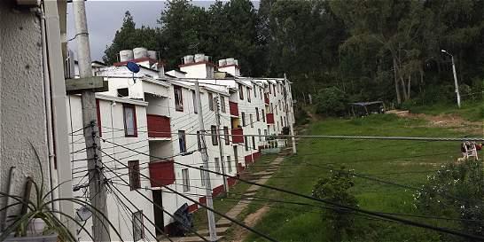 Cerca de 200 familias en Fusa se oponen a que las reubiquen