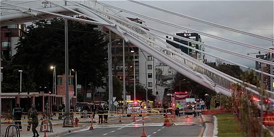 Firma de puente colapsado ya ha tenido problemas con peatonales