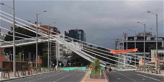 ¿Por qué se cayó el puente peatonal de la carrera 11 con 103?