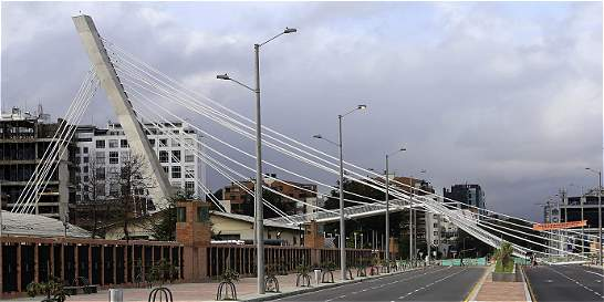 Desmonte de puente y reapertura de la carrera 11 podría tardar 44 días