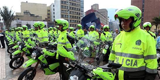 Sigue polémica por adquisición de motos eléctricas en Bogotá