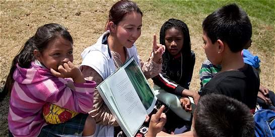 La mujer que enseña a leer a los desposeídos