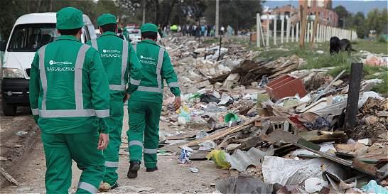 Trabajadores de Aguas de Bogotá iniciaron plan tortuga