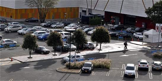 Manual para conocer sus derechos en los parqueaderos de Bogotá