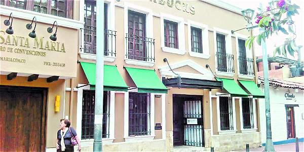 39 starbucks 39 hizo obras sin permiso en una casa patrimonial - Permisos para construir una casa ...