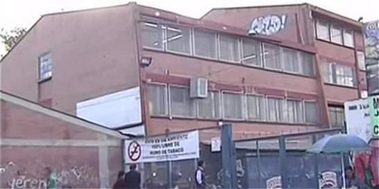 Padres de familia denuncian abuso de dos menores en colegio distrital