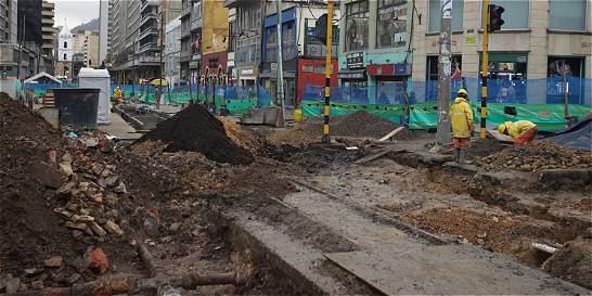 Por retrasos, sancionan a constructores de peatonalización de la 7a.
