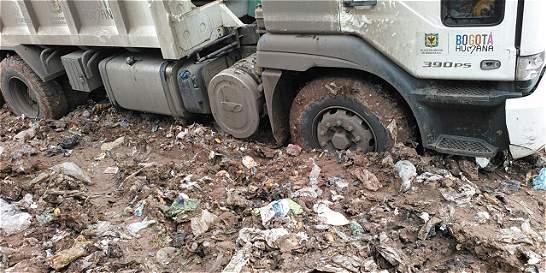 No dejan arreglar vías en relleno sanitario Doña Juana con escombros