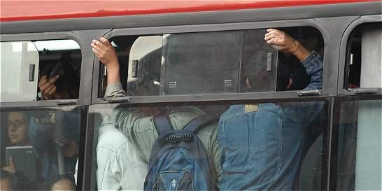 Estudiantes pagarían $1260 en TM y $1050 en buses zonales.
