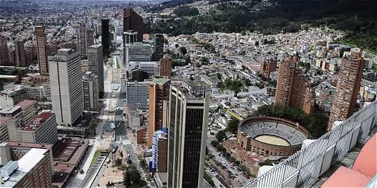 Bogotá lidera acceso a salud y a educación en el país