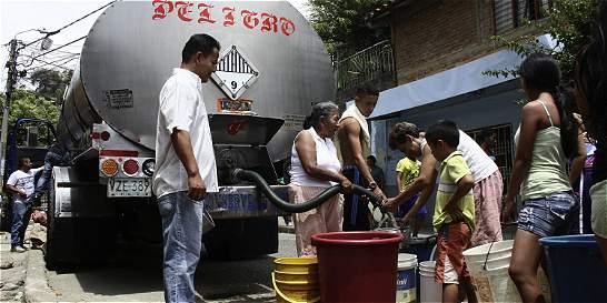 Cuatro carrotanques llegarán a Faca por falta de agua