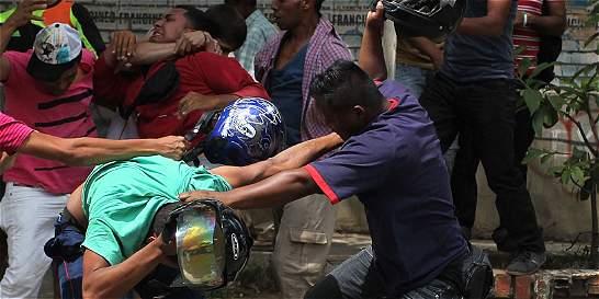 ¿Las riñas en Bogotá se están saliendo de control?