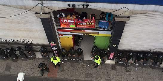 Policía recupera más de 300 celulares en operativo
