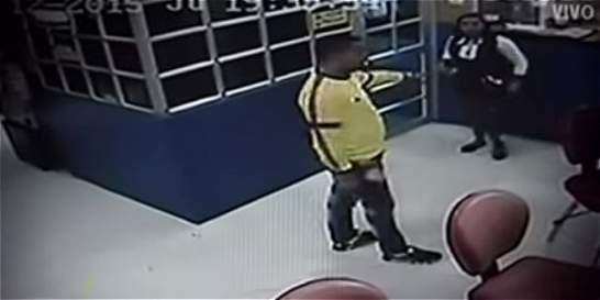 Hombre asaltó casino en el barrio Venecia