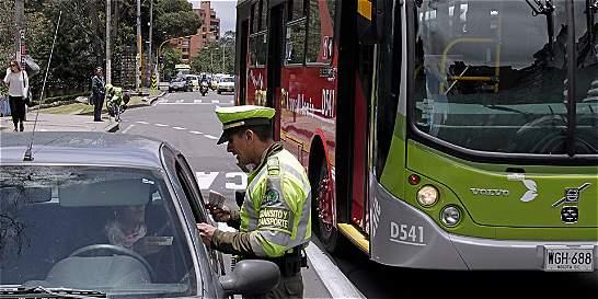 En un fin de semana multan a 15 motociclistas borrachos en Bogotá
