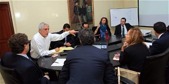 Gobierno anunció respaldo a obras de infraestructura en Bogotá