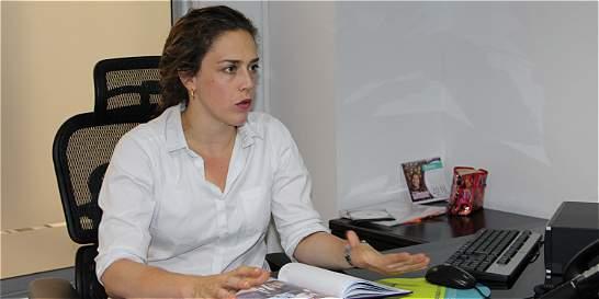 Reducir embarazo adolescente, prioridad de la Secretaría de la Mujer