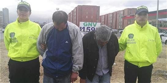 Policía captura a dos hombres a los que sindica de abuso sexual