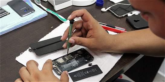 Policía alerta por mercado de partes de celulares robados