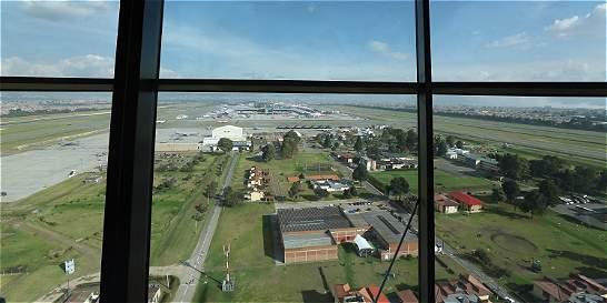Visibilidad de torre de El Dorado enfrenta a Aerocivil y sindicato