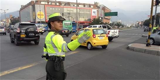 Mujeres policías se tomaron las calles de Bogotá