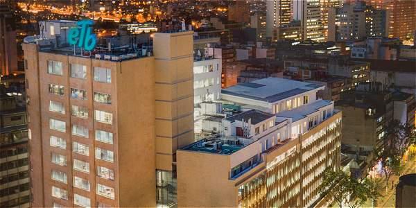 La sede de la ETB fue remodelada recientemente, algo que critica su actual presidente, pues no era necesaria esa inversión.